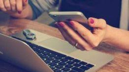 Como trabalhar online pelo celular e ganhar dinheiro de casa