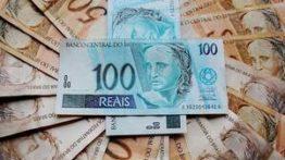 Como investir em ações nacionais e estrangeiras (R$ 100 ou menos)